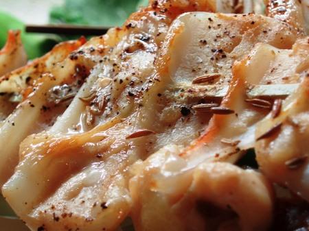 美味しそうなヤゲンの焼き鳥のアップ