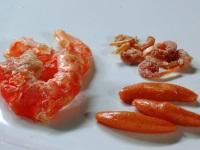 中国産干し海老と柿の種比較